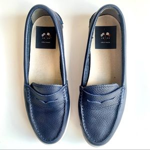 Cole Haan Leather Flats Leather Blue Size 8
